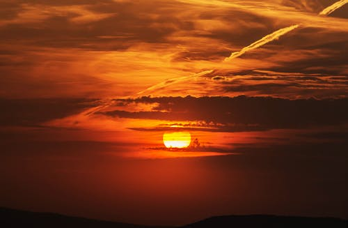 Бесплатное стоковое фото с апельсин, закат, легкий, небо