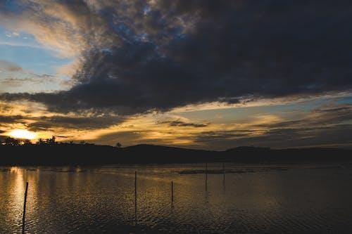 Foto stok gratis alam, danau, keindahan, matahari terbenam