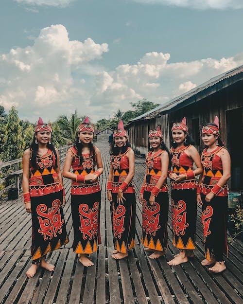 亞洲, 傳統, 傳統服飾, 加里曼丹 的 免費圖庫相片