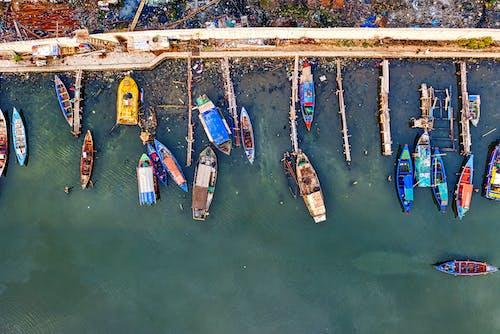 Δωρεάν στοκ φωτογραφιών με αεροφωτογράφιση, από πάνω, βάρκες, εναέρια λήψη