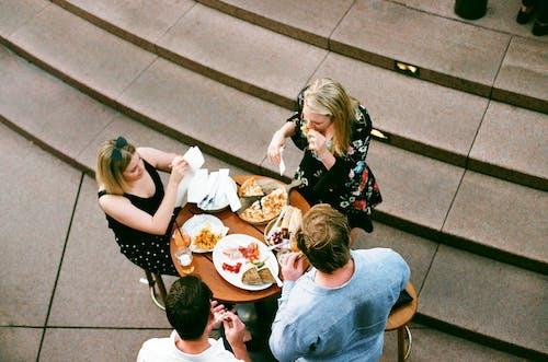 Foto stok gratis 35mm, akhir minggu, bergaul, berkelompok