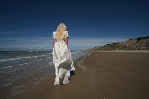 Gratis lagerfoto af bølger, brud, Brudekjole, hav