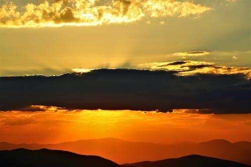 Ingyenes stockfotó alkony, este, esti nap, felhők témában