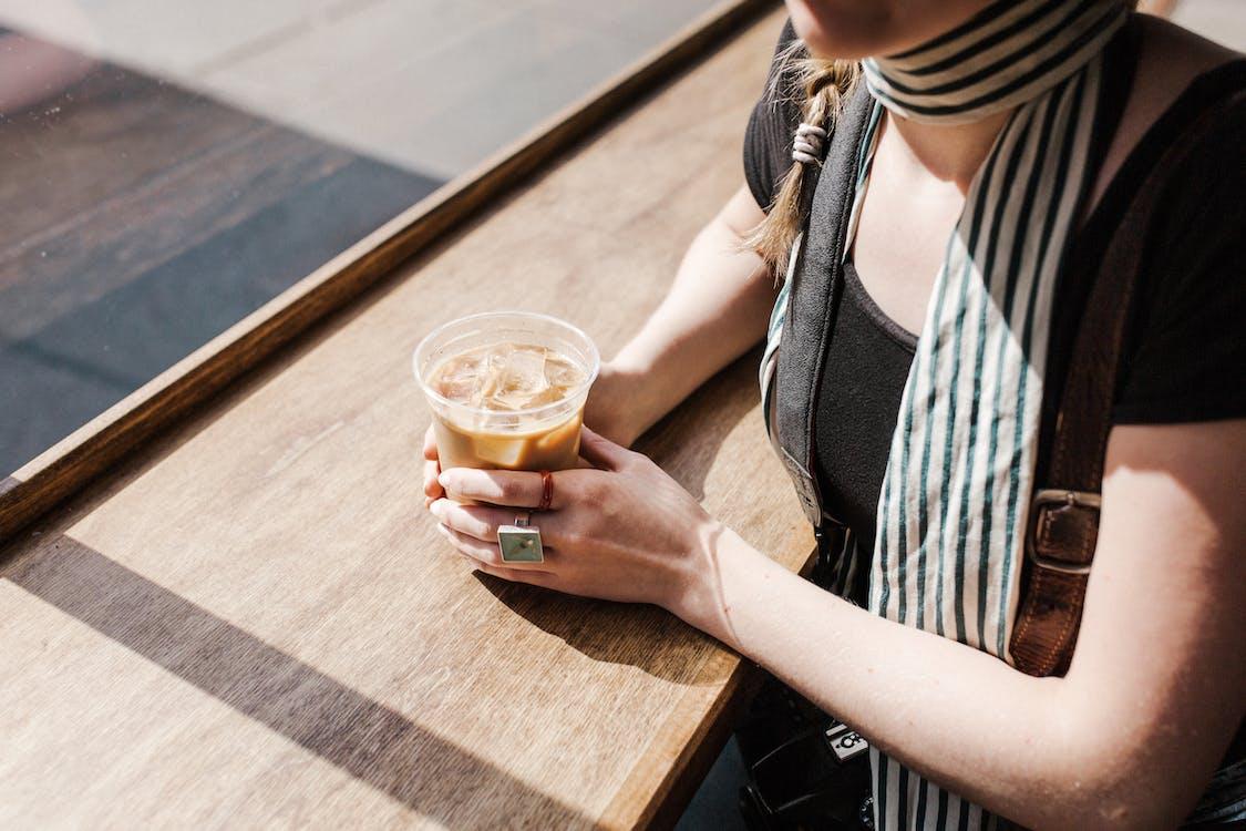 กาแฟ, กาแฟเย็น, ของว่าง