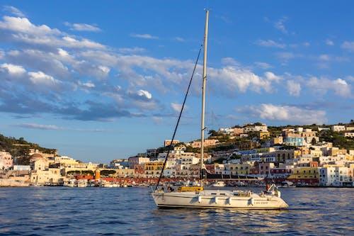 Foto d'estoc gratuïta de barca, estiu, illa, Itàlia