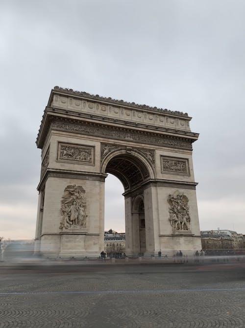 Foto profissional grátis de Arco do Triunfo, arquitetura, França, Paris