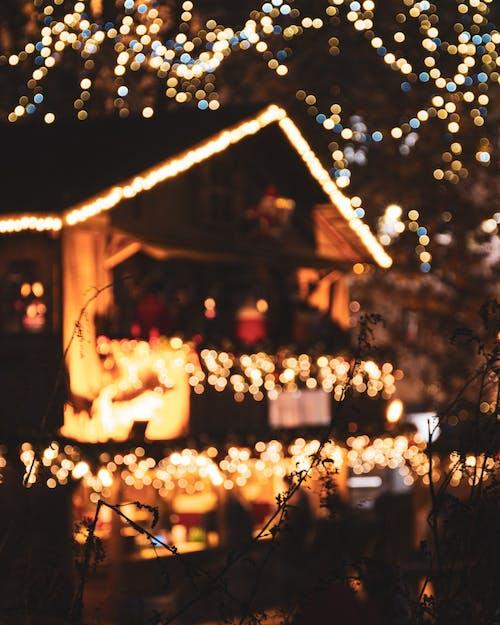 Ilmainen kuvapankkikuva tunnisteilla bokeh, epätarkka, epätarkka tausta, joulu