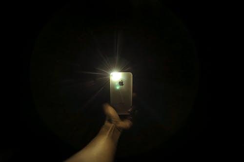Foto profissional grátis de abajur, anônimo, aparelho