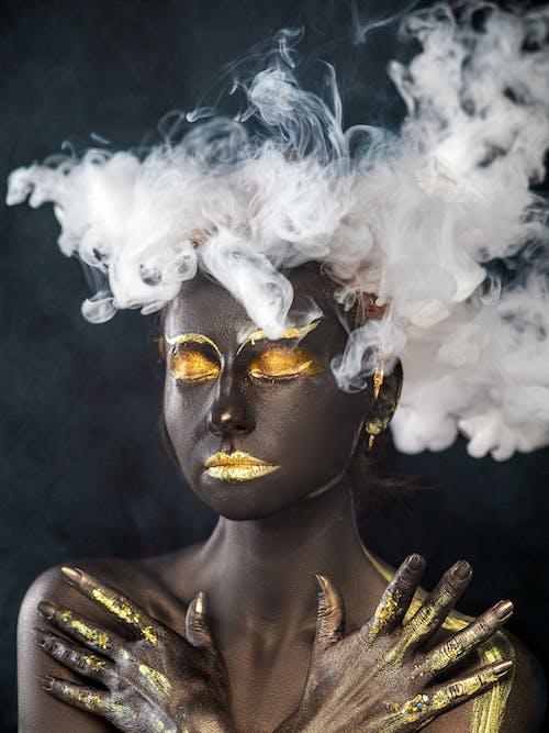 cilt, dişi, duman, duman fotoğrafçılığı içeren Ücretsiz stok fotoğraf
