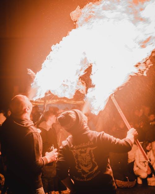 Kostenloses Stock Foto zu blau, bokeh, feuer, masken