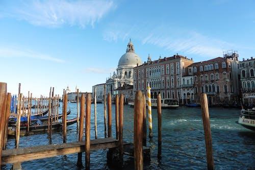 Free stock photo of architecture, boat, city, italia