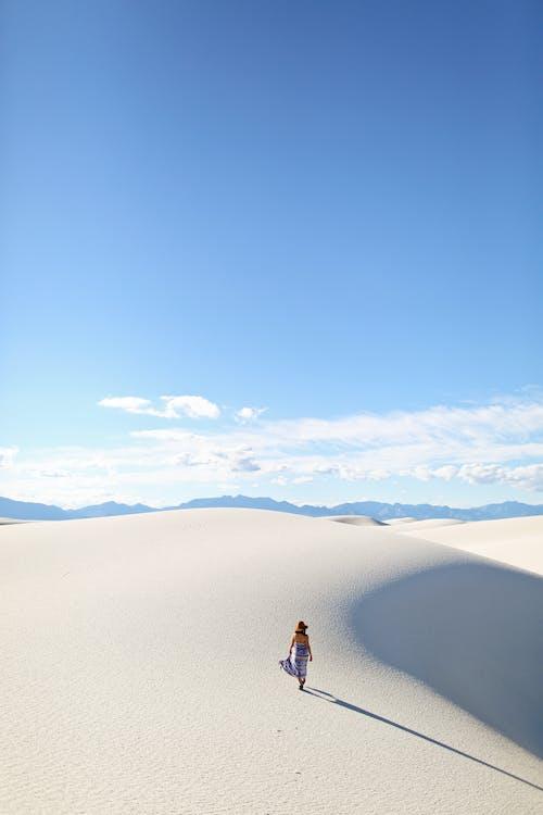 Ảnh lưu trữ miễn phí về ánh sáng ban ngày, bầu trời, các đụn cát, cằn cỗi
