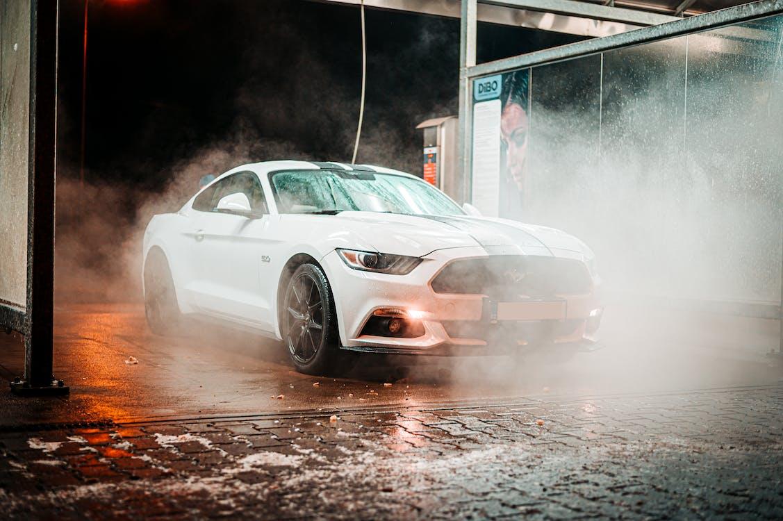 Gratis stockfoto met actie, asfalt, auto