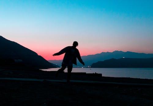 Immagine gratuita di acqua, alba, altopiano