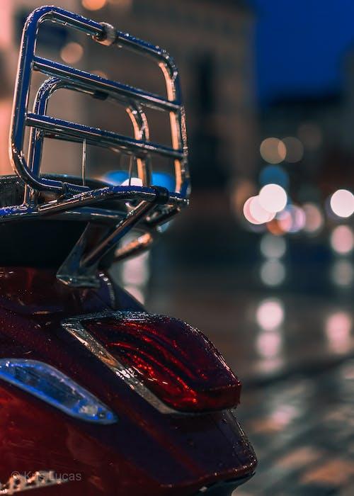 助力車, 城市之夜, 夜間攝影, 明亮的灯光 的 免费素材照片