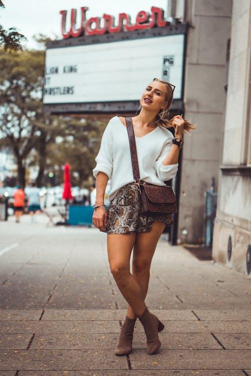 人, 女人, 擺姿勢, 時尚 的 免费素材照片