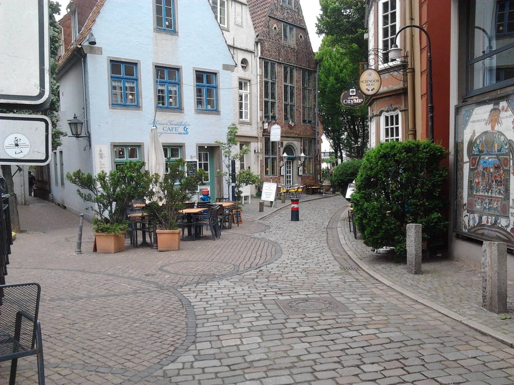 Free stock photo of altstadt, gasse, kopfsteinpflaster