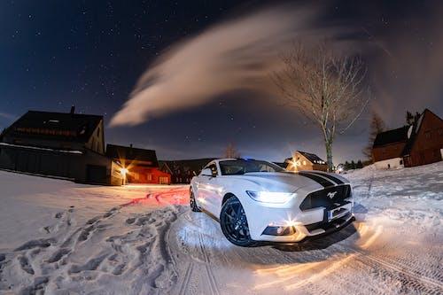 Kostenloses Stock Foto zu amerikanisches muskelauto, auto, autos, berge