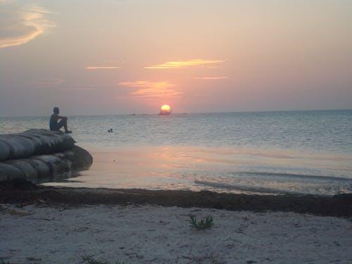 Foto stok gratis laut dalam, matahari terbenam