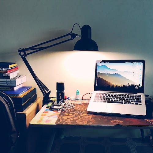 Gratis stockfoto met bureaublad, computer, fel, kantoor