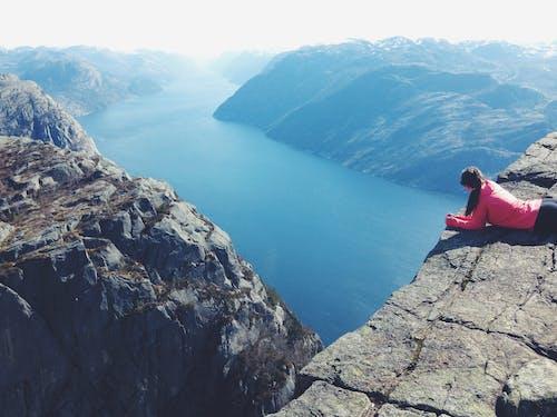 Gratis lagerfoto af bjerge, dagslys, dal, eventyr