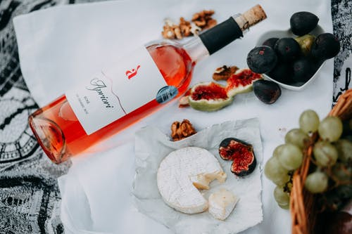 Безкоштовне стокове фото на тему «вино, відпустка, всередині, Деревина»