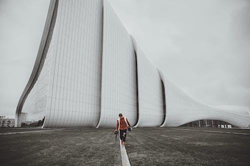 거대한, 건물 외장, 건축, 걷고 있는의 무료 스톡 사진