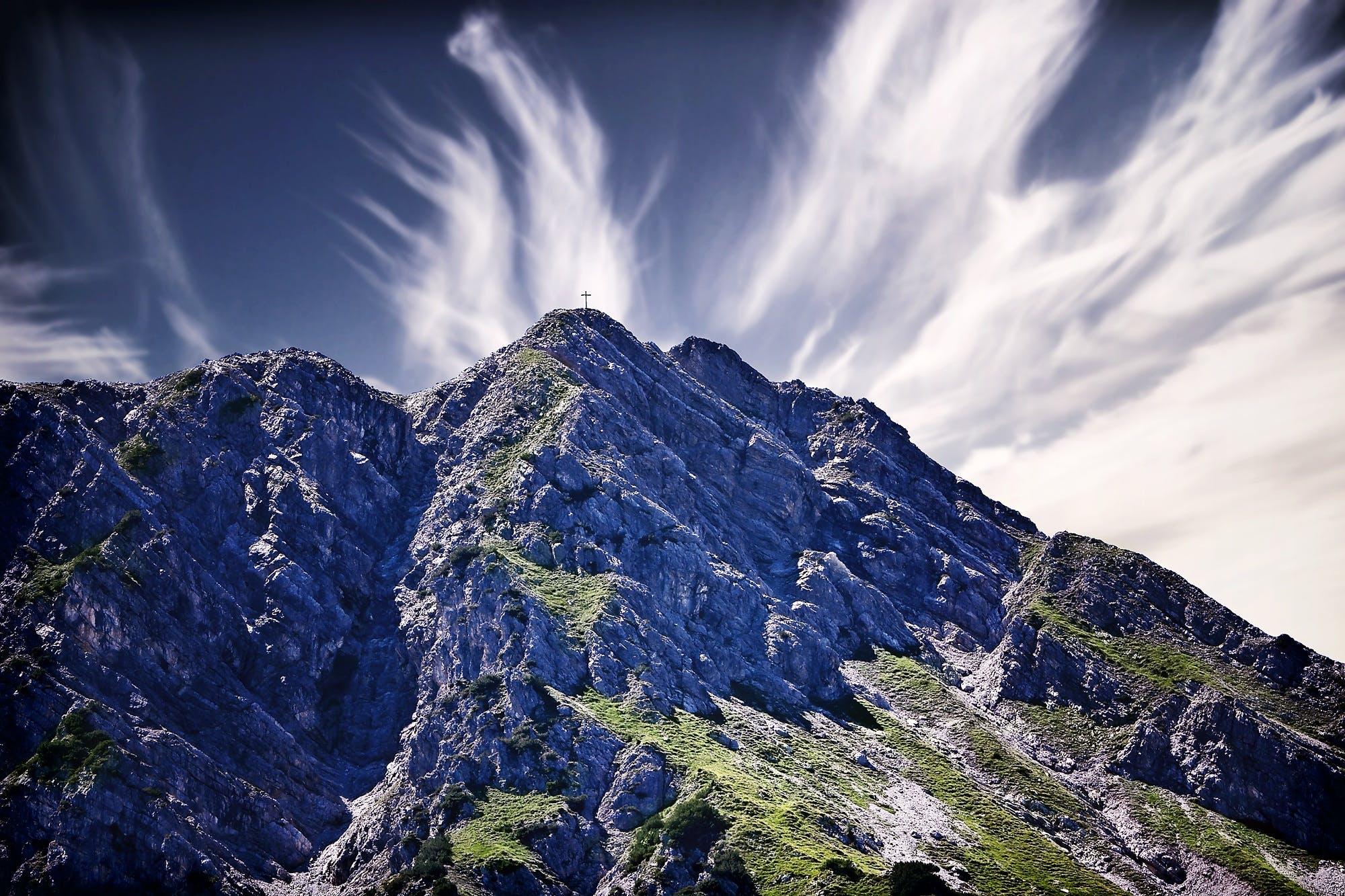 Foto d'estoc gratuïta de cel, creu al cim, muntanya, natura
