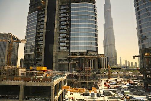 High Rise Buildings Under Construction in Dubai