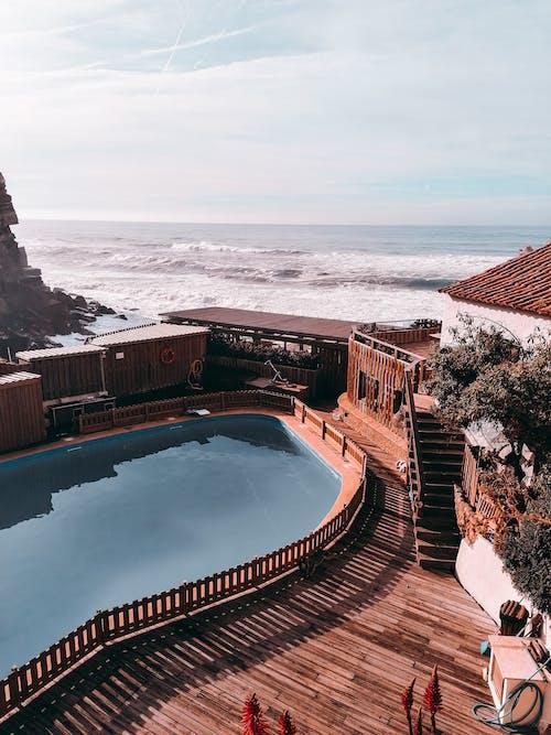 bilardo, deniz, okyanus, tatil köyü içeren Ücretsiz stok fotoğraf