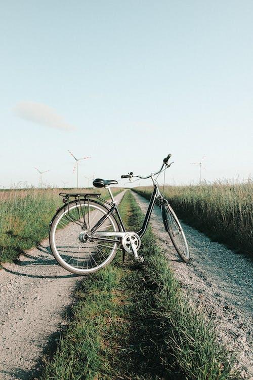 Fotobanka sbezplatnými fotkami na tému bicykel, cesta, deň