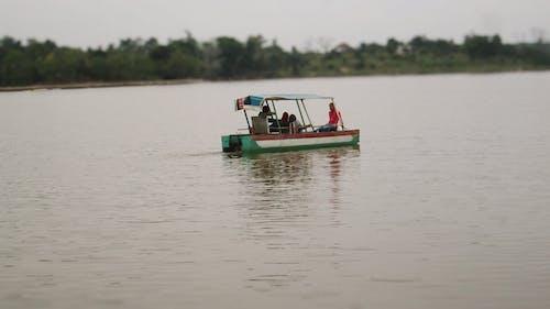 Základová fotografie zdarma na téma člun, jezero, lidé, rekreace