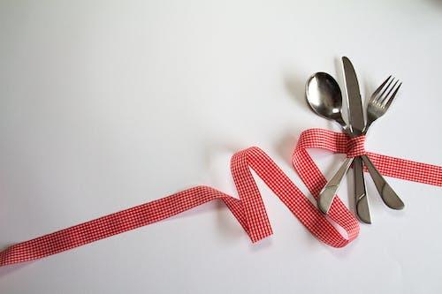 Fotos de stock gratuitas de bifurcación, cinta, cubertería, cuchara