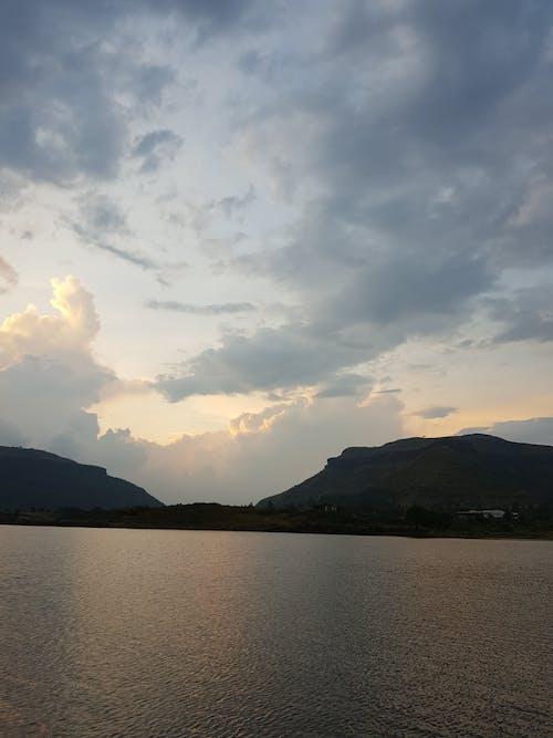 Foto d'estoc gratuïta de #llac, bell cel, cel i turons, Fons de pantalla 4k