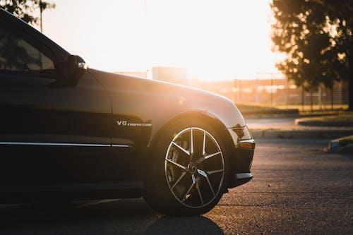 Ingyenes stockfotó autók, benz, borús, celebek témában