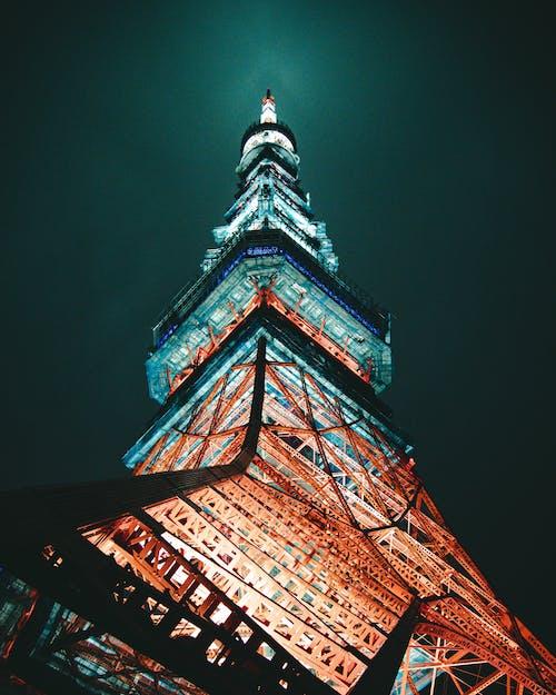 低角度, 塔, 夜間攝影, 建築設計 的 免費圖庫相片