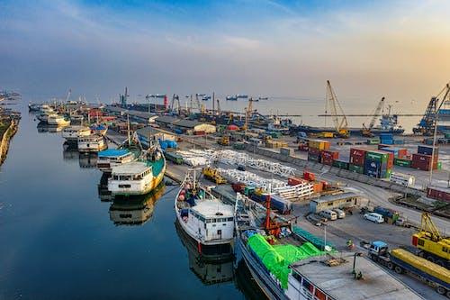 Δωρεάν στοκ φωτογραφιών με drone, αγκυροβολημένος, αυγή, βάρκες