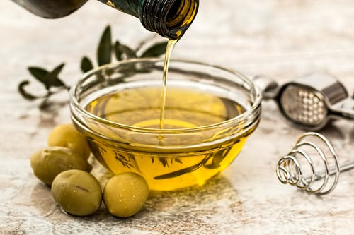 If You Are Health-Conscious, These 10 Cooking Oils Are For You (#9 Is Not Very Common But Worths A Try!)