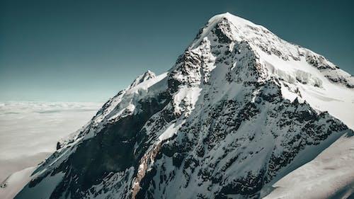Luftaufnahme Von Bergalpen