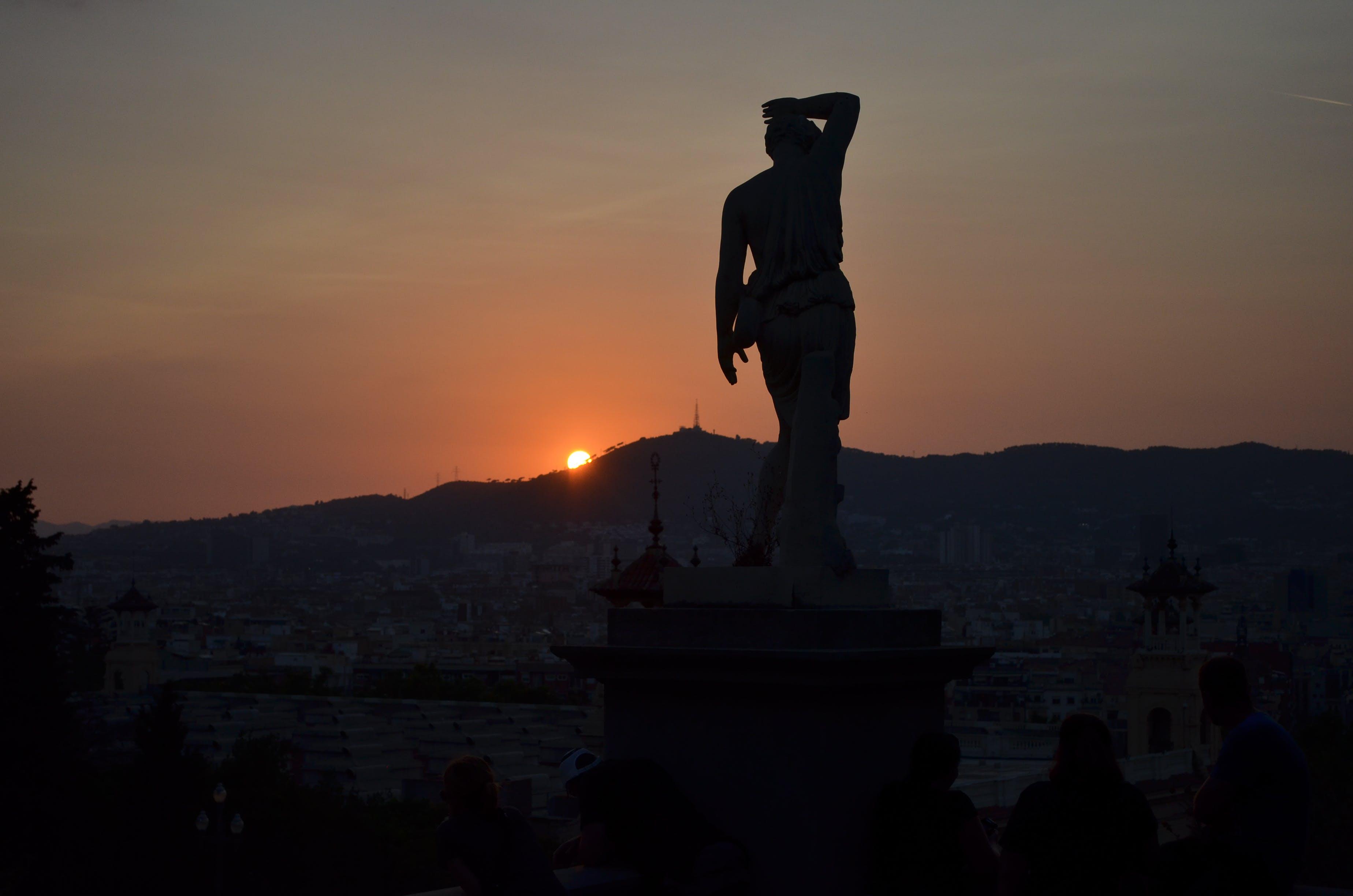 Δωρεάν στοκ φωτογραφιών με απόγευμα, Βαρκελώνη, βουνό, δύση του ηλίου