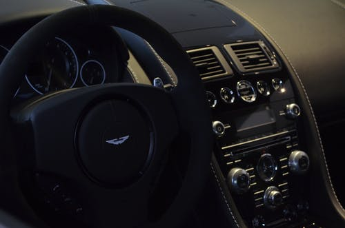 Fotos de stock gratuitas de aston martin, coche, interiour
