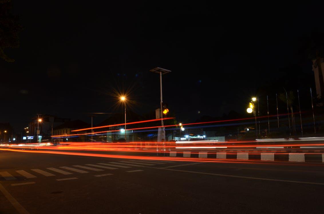 Foto d'estoc gratuïta de deixant de llum, llum en moviment, llums de la ciutat