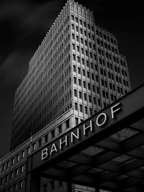 Ilmainen kuvapankkikuva tunnisteilla arkkitehtuuri, kaupunki, keskusta, moderni