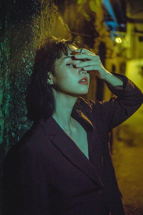 Безкоштовне стокове фото на тему «азіатська жінка, вродлива, гітара, жінка»