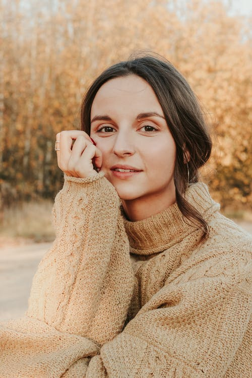 Бесплатное стоковое фото с 20-25 years old woman, artistic make-up, atmosphere