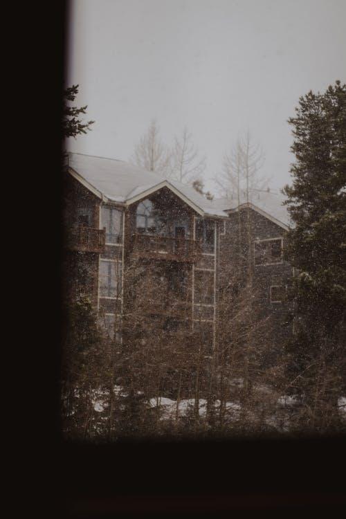 Free stock photo of mountain, mountain lodge, ski lodge