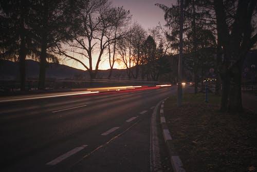 Immagine gratuita di lampi di luce, lunga esposizione, mattina presto