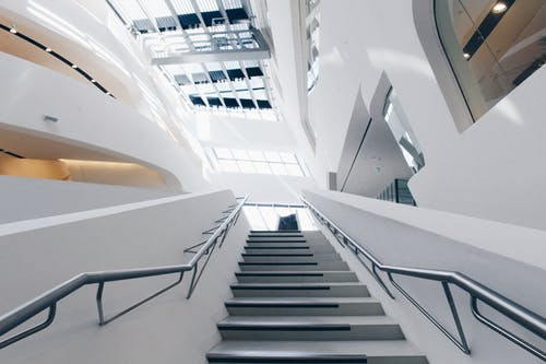 Fotografía Agrícola De Escaleras De Metal Gris