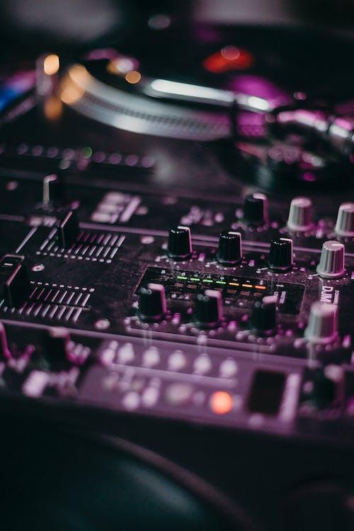 DJミキサー, エレクトロニクス, オーディオ, オーディオミキサーの無料の写真素材