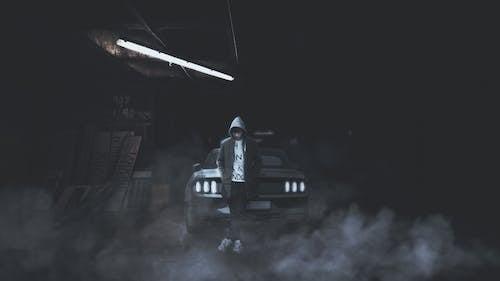 Gratis lagerfoto af autoværksted, bil, elpære, ensom